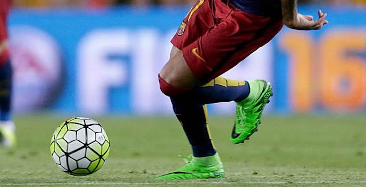 e7d137b34 Neymar Jr debuted a modified version of the Green Strike Nike Hypervenom  Phantom 2 Boots featuring a lower Dynamic Fit collar after he trained in  completely ...