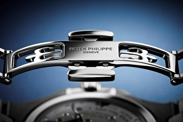 Deployant clasp of the Patek Philippe Nautilus 5740
