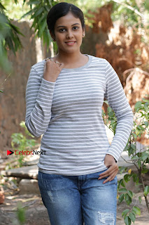 Tamil Actress Chandini Tamilarasan Latest Pos in Ripped Jeansat Ennodu Vilayadu Press Meet  0050.jpg