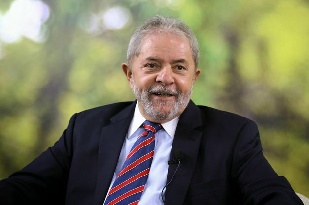 Resultado de imagem para Pesquisa CUT/Vox Populi mostra Lula como favorito para eleições presidenciais