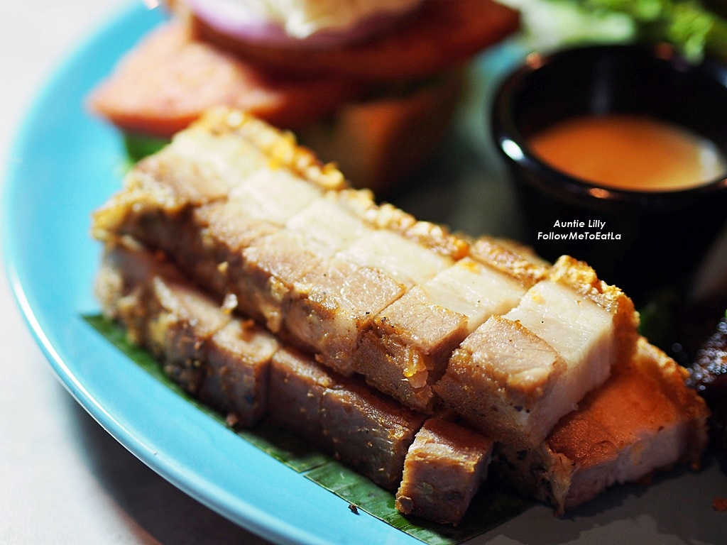 Follow me to eat la malaysian food blog lets talk about porky licious food today shall we last month uncle hong and i was invited to the newly opened the brew house located at sunway giza kota forumfinder Choice Image