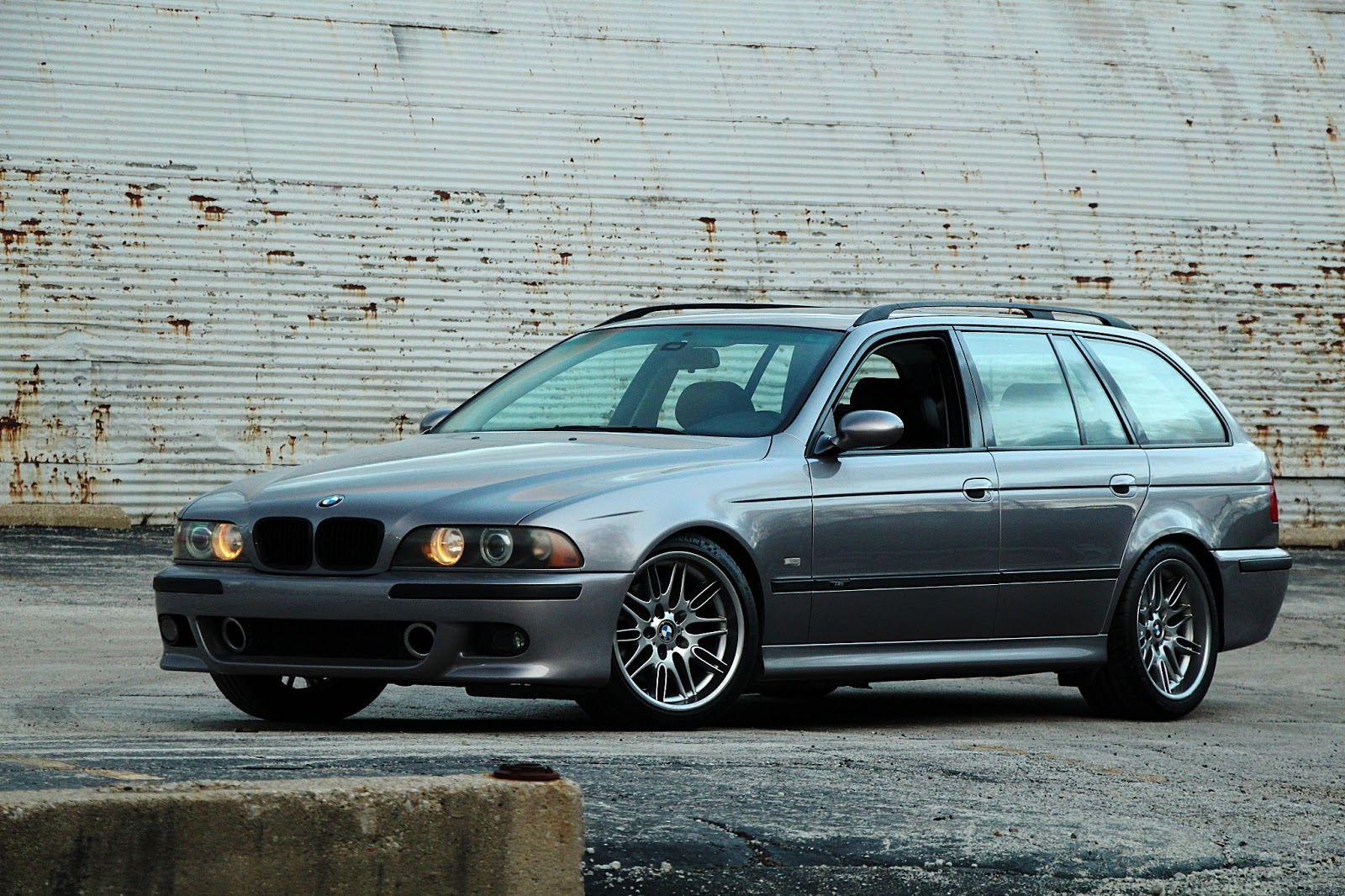 bmw never made an m5 e39 touring so this guy did it for. Black Bedroom Furniture Sets. Home Design Ideas