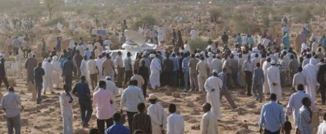 صادم ... بعد 6 ساعات من دفنه في المقبرة يخرج الطفل محمد ليبلغ عن المفاجاة الكبرى !