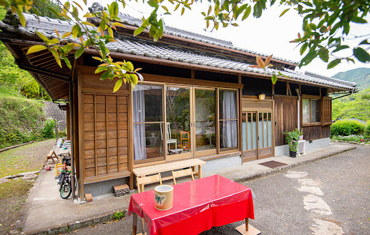 "Chikatsuyu Cherry Garden ""Sakura-no-Sono"" has joined the Kumano Travel community!"