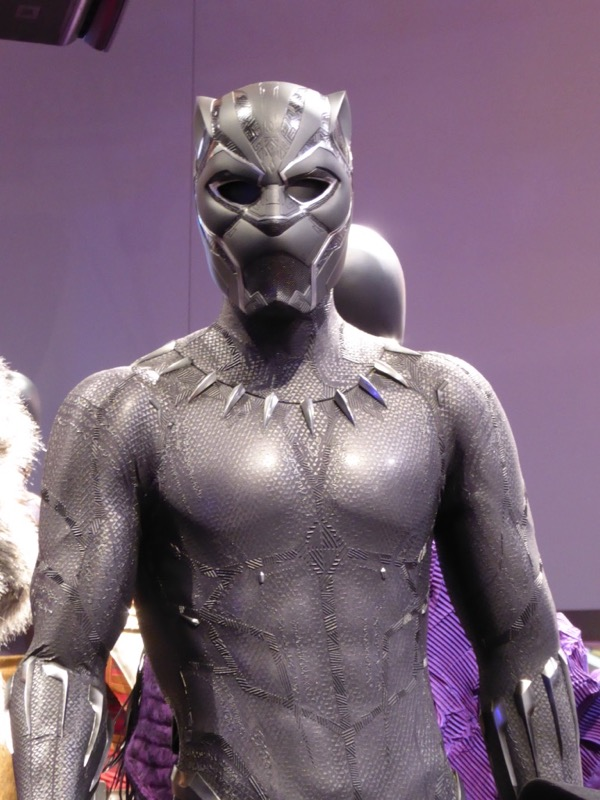 Black Panther solo film costume mask