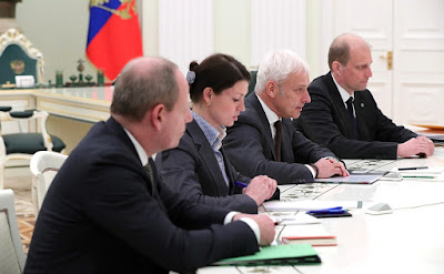 Meeting with Volkswagen CEO in Kremlin.
