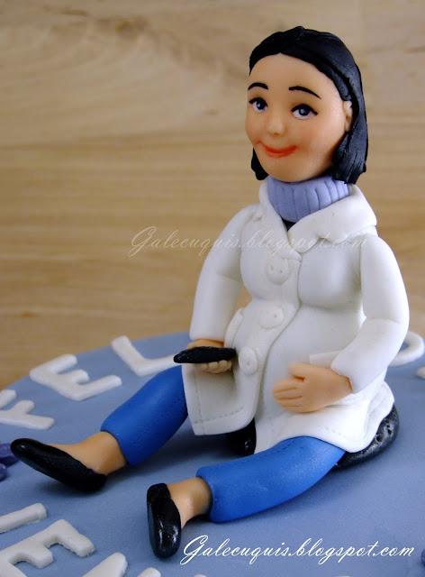Modelado fondant muñeca embarazada