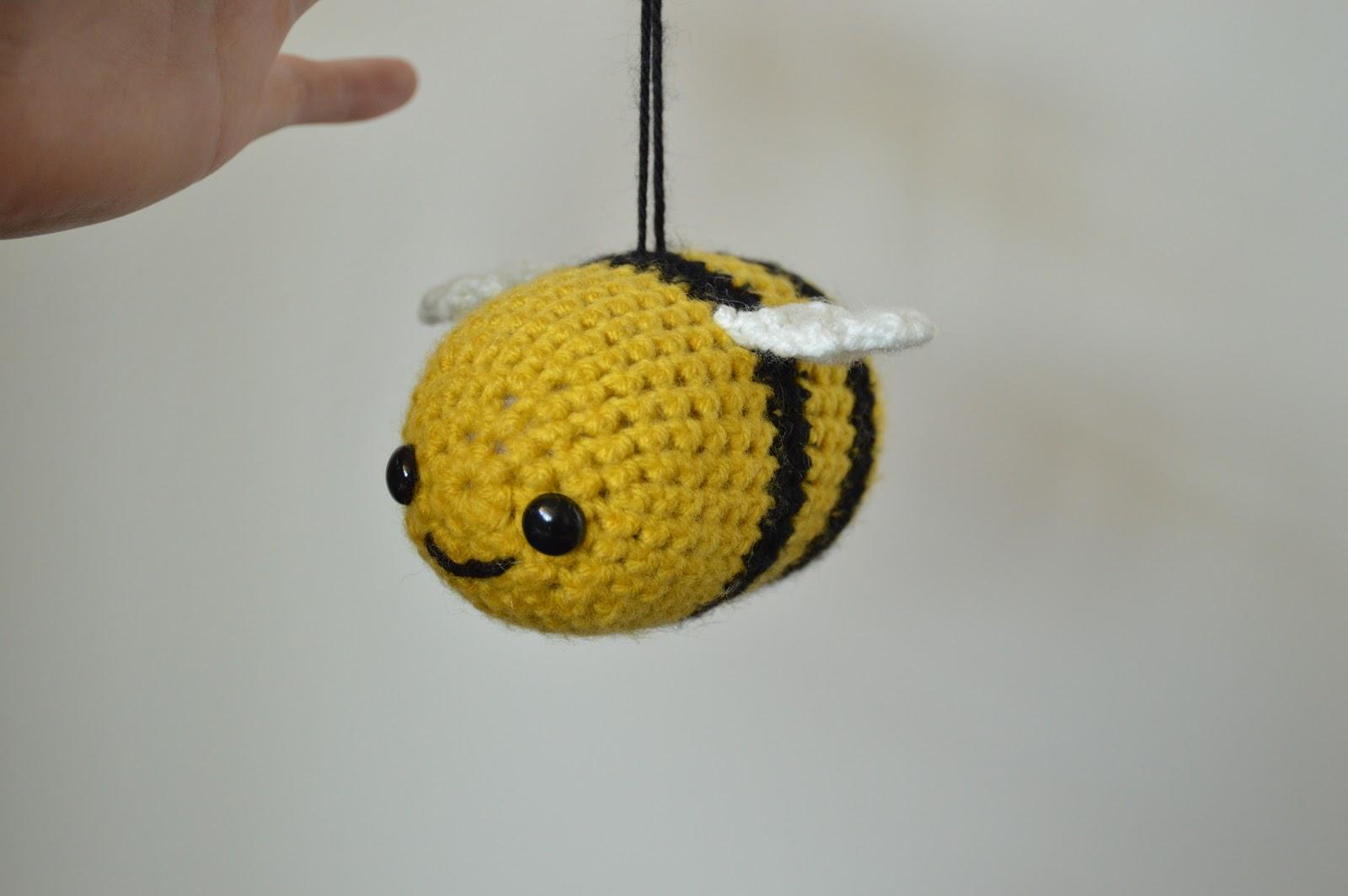 Bumble Bee Pattern - LoopTeeLoops