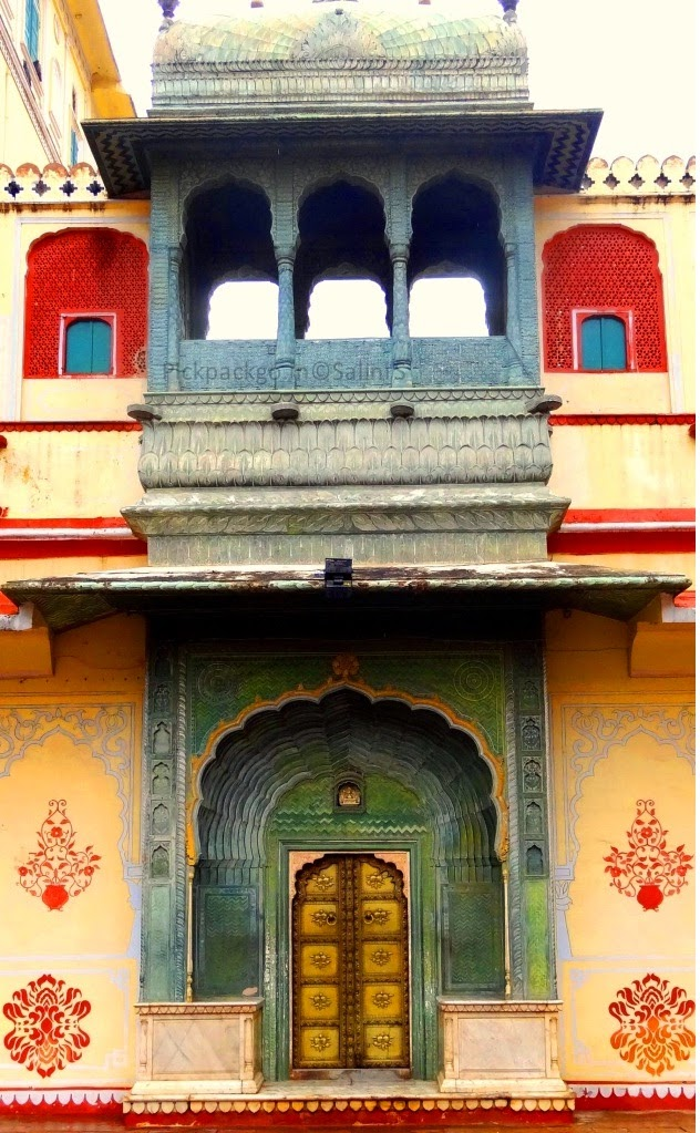 Riddhi- siddhi Pole Gate denoting the spring season  Jaipur city Palace - Rajasthan, India - Pick, Pack, Go