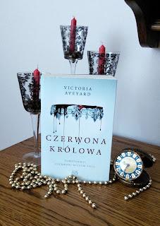 Czerwona królowa- Victoria Aveyard
