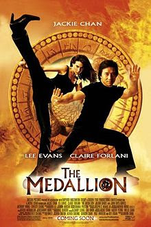 Sinopsis Film The Medallion (2003)