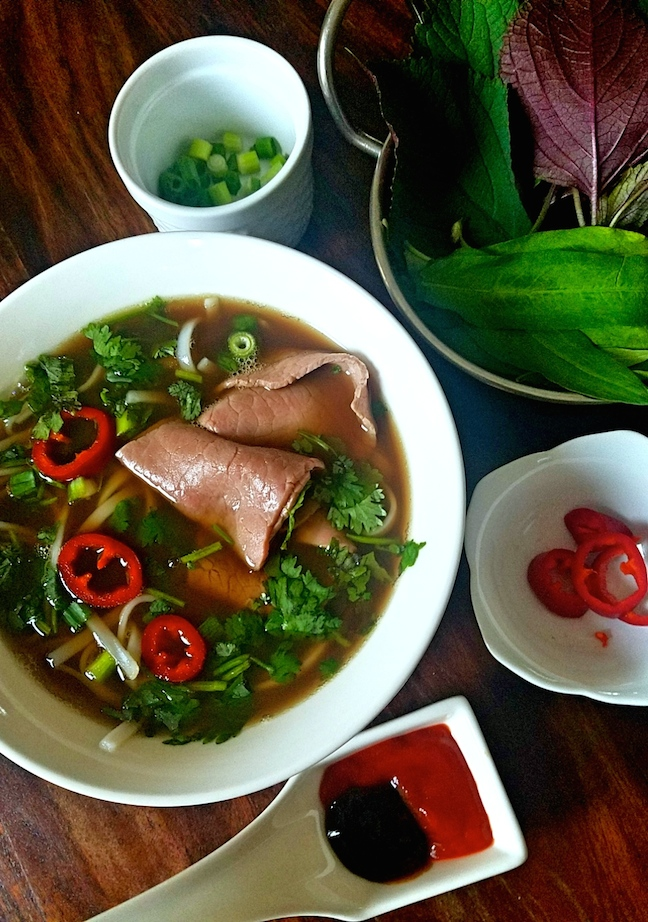 Red Kitchen Recipes: Slow Cooker Pho
