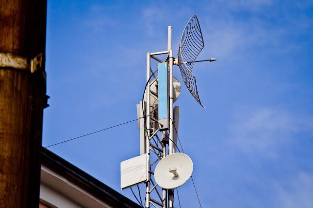 Semua pengguna internet pasti menginginkan internet yang cepat dan handal Mengenal Lebih Jauh Jaringan 5G, Bisa Download Sampai 10Gbps !
