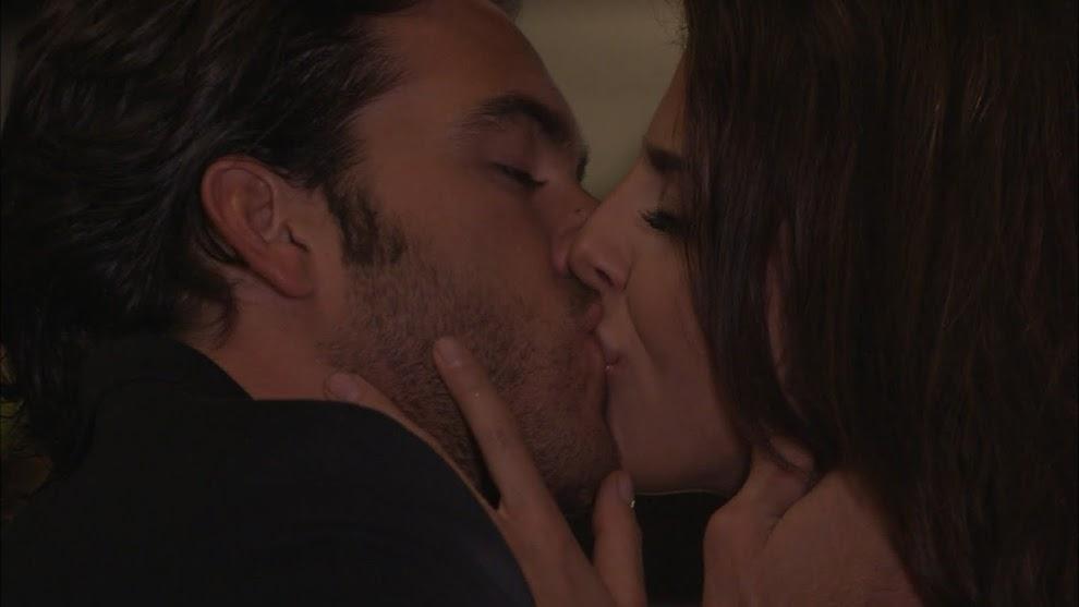 Cristóbal y Aldonza no pueden evitar seguir sintiendo amor y atracción el uno por el otro, a pesar de que él vaya a casarse y ella busque rehacer su vida
