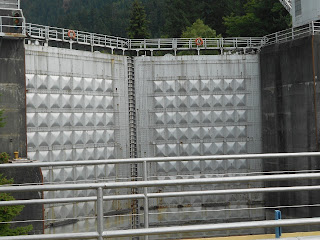 bonneville dam locks