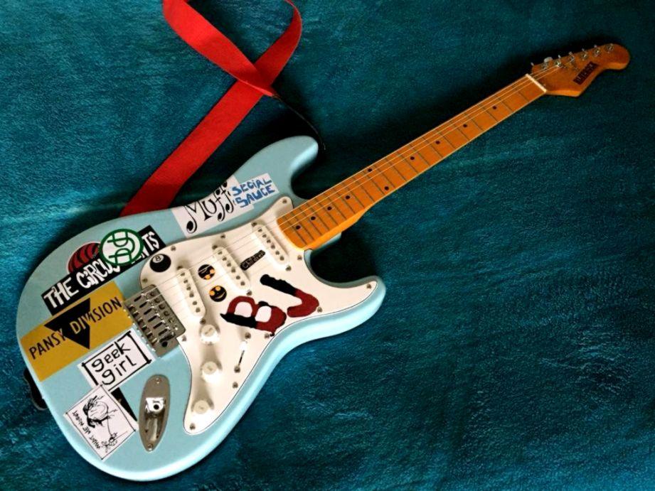 Billie Joe Armstrong Of Green Day Blue Stratocaster Replica Guitar