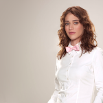 Lizzy Caplan hot hd wallpapers