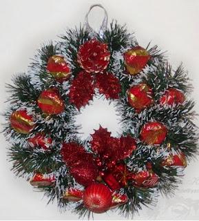 C mo hacer una corona navide a con dulces - Coronas navidenas faciles ...