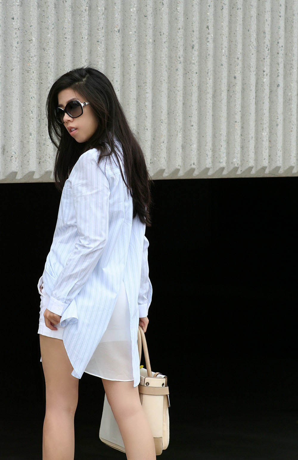 what to wear to work_business casual_Adrienne Nguyen_Invictus_Kardashian fashion Trends