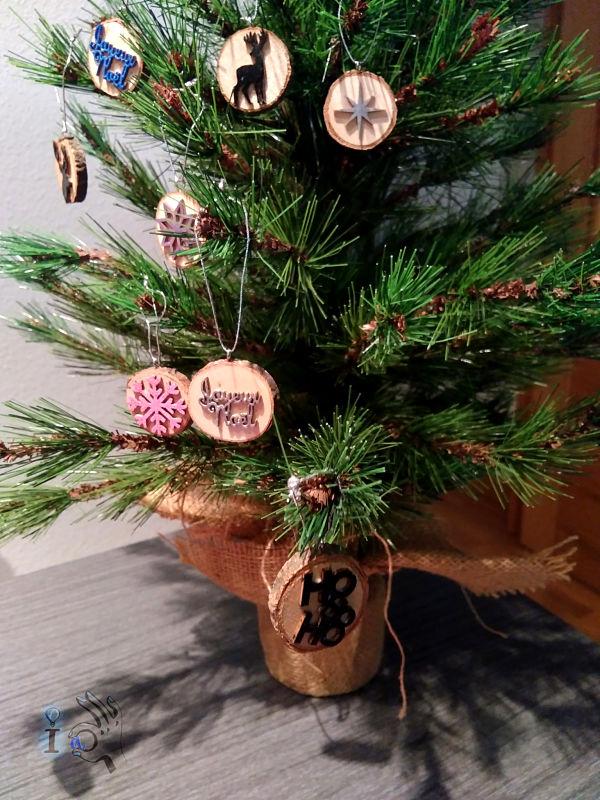 arbol-Navidad-adornos-madera-Ideadoamano-3