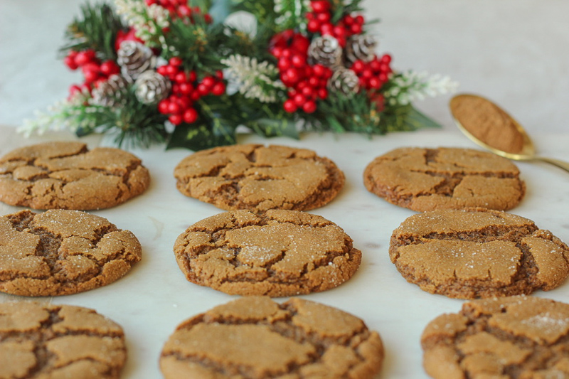 Chewy and Spicy Ginger Molasses Cookies