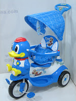 1 GoldBaby F7-1 Bebek Baby Tricycle in Blue