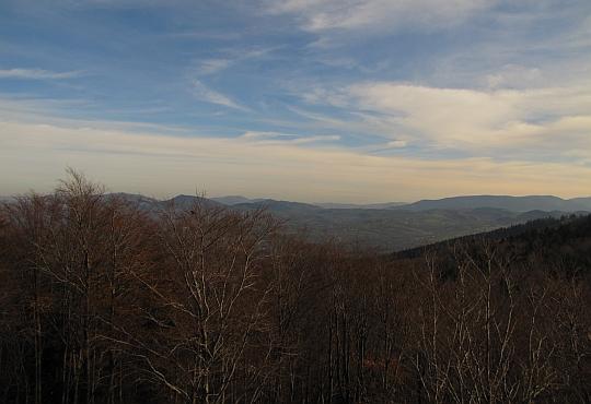 Widok na południowy wschód z Księżej Góry.