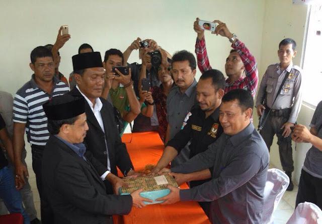 Nektu Bawa 23.000 Lebih KTP Ke KIP Aceh Timur