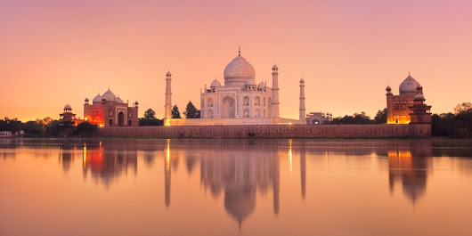 Same Day Agra Tour - visit the Inimitable heritage journey