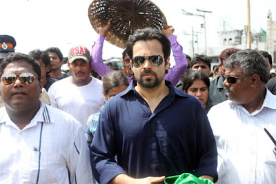 Actor Emraan visits Haji Ali Dargah for 'Ek Thi Daayan'