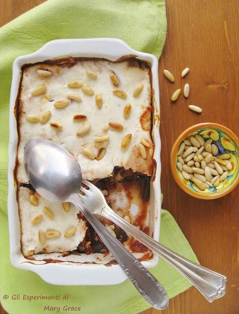 Parmigiana di Melanzane con Yogurt Greco e Pinoli
