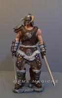 modellino guerriero videogioco uomo statuetta vichingo armatura spada orme magiche