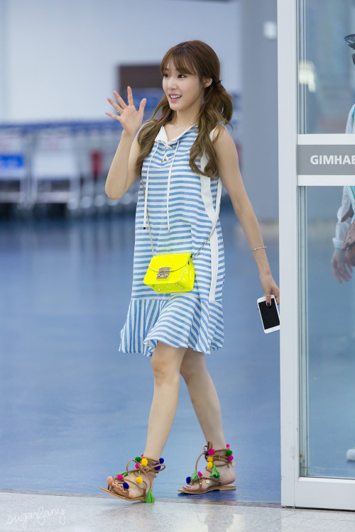 snsd tiffany airport fashion official korean fashion