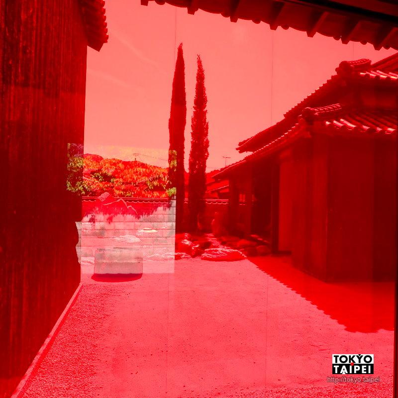 【豐島橫尾館】老屋裡遇見日本普普大師 大膽色彩讓日式庭園變身異世界