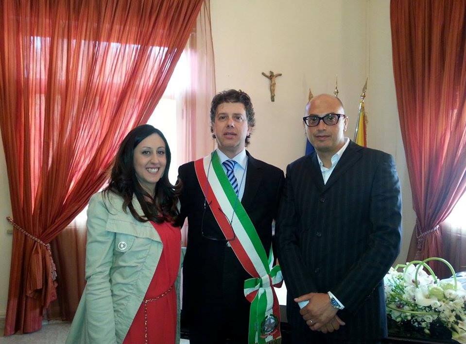 3fb4e3e8c3ae Campobello di Mazara - Il sindaco Giuseppe Castiglione