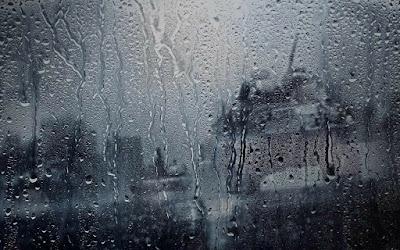 Và mưa cũng vậy...