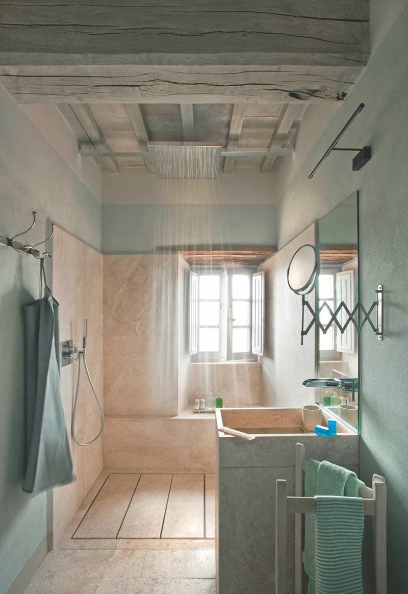 doccia moderna bagno country