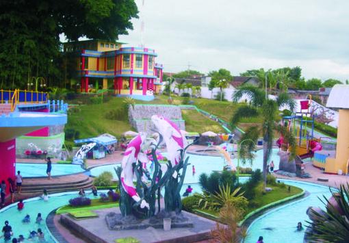 Pesona Keindahan Wisata Water Park Sumber Udel Blitar