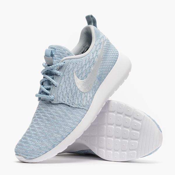 timeless design 10119 adce4 Nike Womens Roshe One Flyknit. Light Armory Blue, White, Pure Platinum.  704927-401