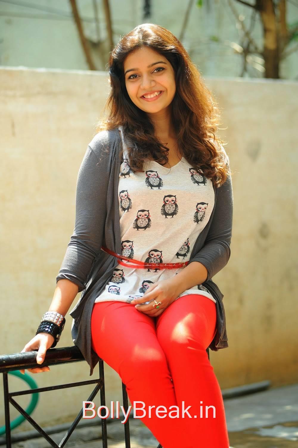 Swathi Pics, Actress Swathi Stills From Tripura Movie