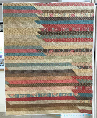 Jelly Roll Quilt by Liese, Fabadashery Quilting