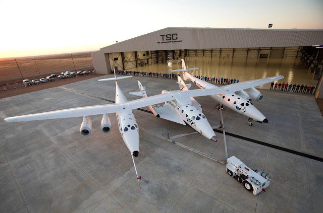 WhiteKnightTwo and SpaceShipTwo Attached