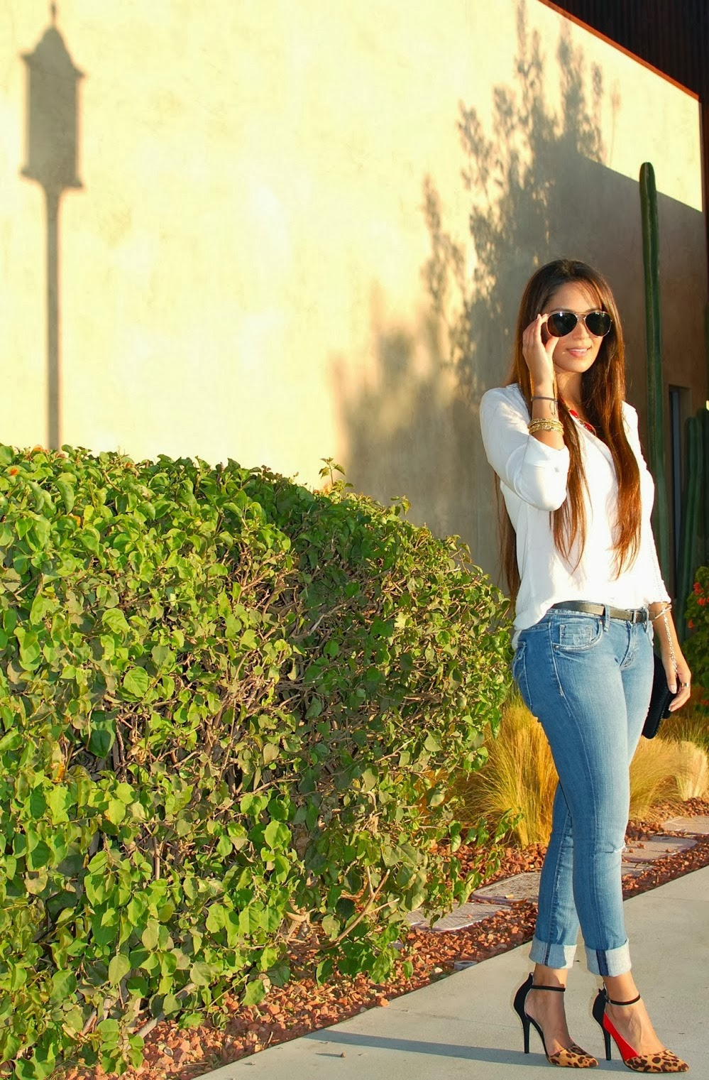 How to Dress Up a Pair of Jeans - Vanessa Balli