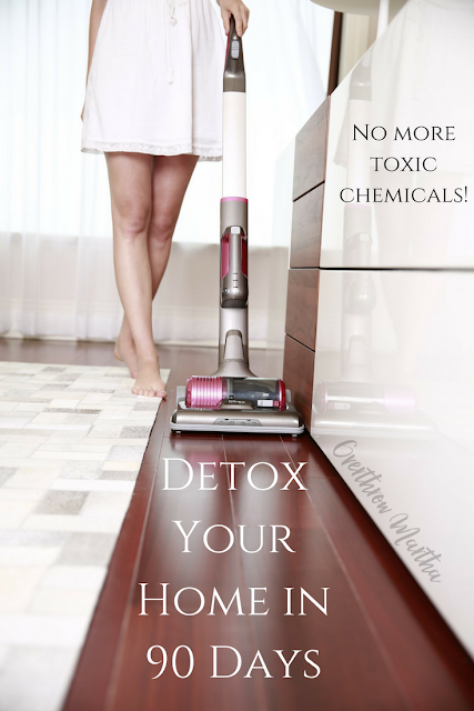 Ditch chemicals! Detox your home in 90 days! Go Green! #Thieves #nontoxic #greenclean #green #youngliving