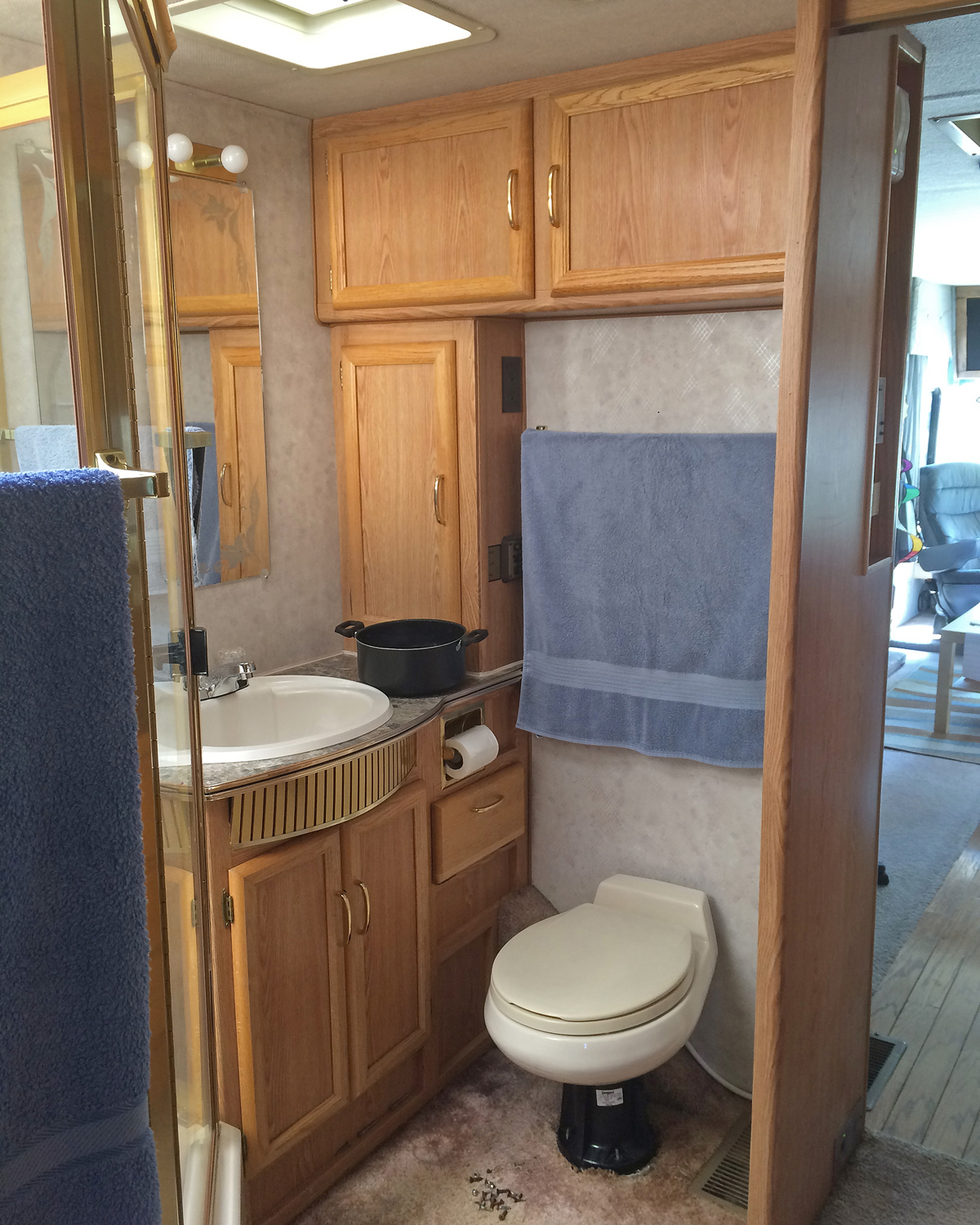 rv renovation bathroom makeover rv kitchen cabinets All the cabinet and closet doors came off Surfaces were thoroughly cleaned with a strong solution of TSP and then very lightly sanded and then cleaned off