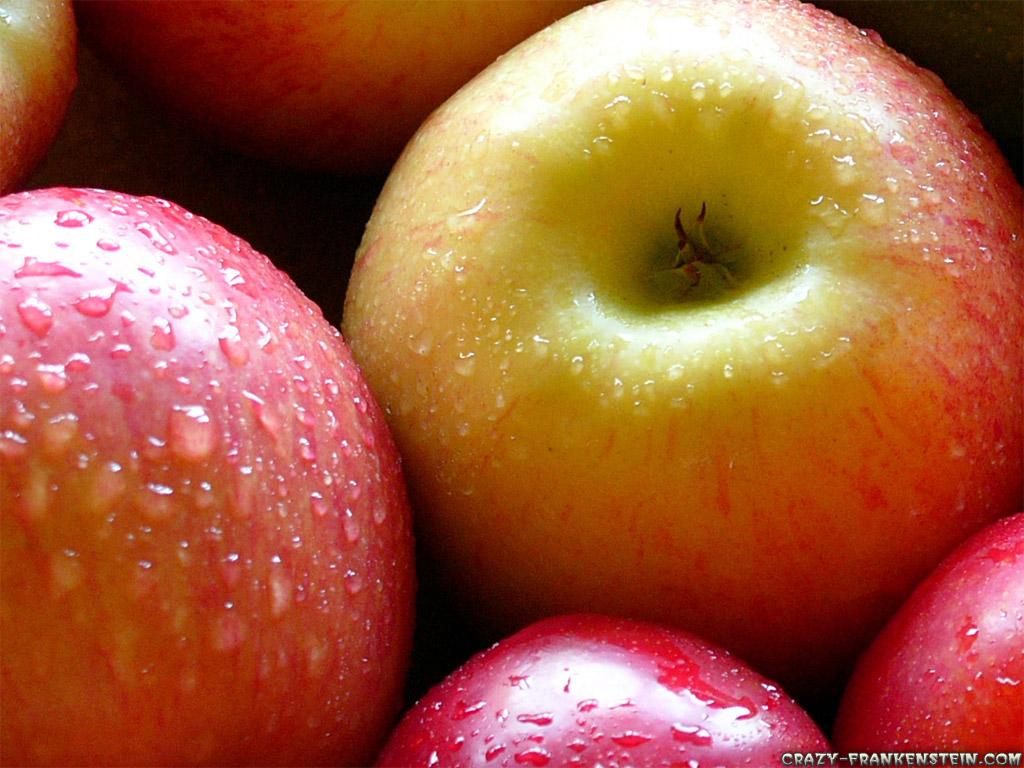 Fruit Warehouse: Apple ( Malus domestica )