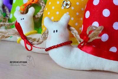игрушки купить киев, ручная работа Киев, авторские зайцы Рыжий кот ручной работы, котик, кот Tilda, оранжевый кот, ручная работа, игрушки Киев  игрушки купить киев, ручная работа Киев, авторские зайцы, зайчики, зайцы пары, парочки, влюбленные зайцы Tilda, ручная работа, игрушки Киев, подарки на день рождения, подарок на свадьбу, свадебные зайчики, купить подарок ручной работы Киев  Овечка ручной работы, мягкая  овечка игрушка, игрушки купить киев, ручная работа Киев, авторские игрушки, мягкая игрушка овечка игрушка ручной работы, подарки на день рождения, игрушки для детей, купить подарок ручной работы Киев  игрушки купить киев, ручная работа Киев, авторские зайцы, зайчики, авторские зайцы, подарок на день рождения, заяц ручной работы, игрушка заяц ручной работы, Hand-made игрушки киев. Tilda, ручная работа, игрушки Киев, подарки на день рождения, подарок на свадьбу, подарок для детей hand-made , игрушка для ребенка заяц, украинские игрушки для детей.   игрушки купить киев, ручная работа Киев, авторские зайцы, дракон, дракоша из флиса, авторские игрушки, подарок на день рождения ручная работа, игрушки Киев, подарки на день рождения, подарок на свадьбу, подарок для детей, игрушка для ребенка, украинские игрушки для детей, текстильный дракон, дракон   игрушки купить киев, ручная работа Киев, авторские зайцы, игрушки из ткани, лавандовые игрушки, авторские игрушки, подарок на день рождения ручная работа, игрушки Киев, подарки на день рождения, подарок на свадьбу, подарок для детей, игрушка для ребенка, украинские игрушки для детей, текстильный лавандовые звери, мишка с лавандой, слон с лавандой. Лавандовые текстильные игрушки    игрушки купить киев, ручная работа Киев, авторские зайцы, слоник Тильда, слон tilda, подарок на день рождения, заяц ручной работы, игрушка заяц ручной работы, Hand-made игрушки киев. Tilda, ручная работа, игрушки Киев, подарки на день рождения, подарок на свадьбу, подарок для детей hand-made , игрушка для ребенка заяц, украинские игрушки для де
