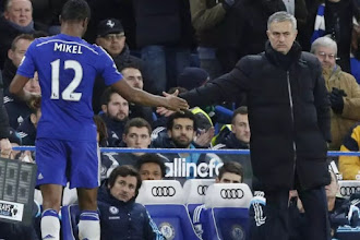 Mikel is a bad no.10 - Mourinho