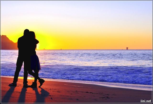 cùng nhau đứng ngắm Biển