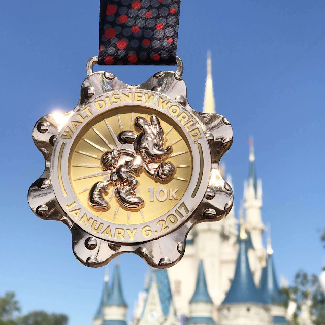 walt disney world marathon weekend 10k run disney rundisney race minnie mickey mouse